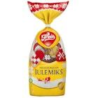 Julemix Pose